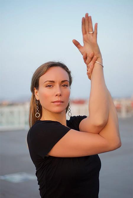 world yoga institute team member rae indigo