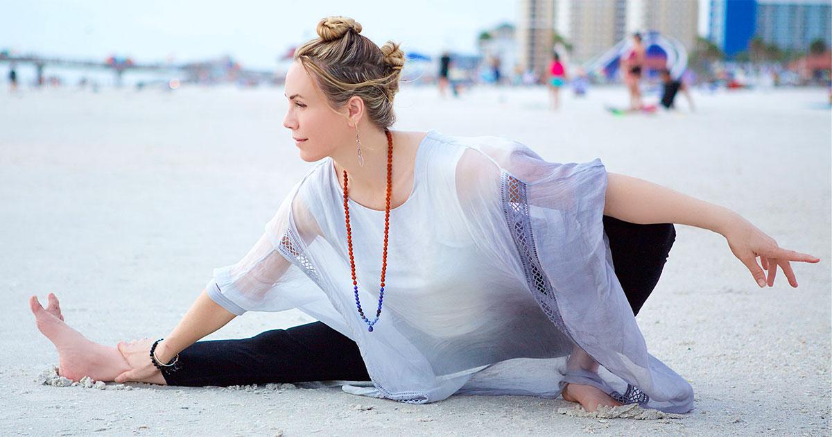 homepage workshops rae posing on beach